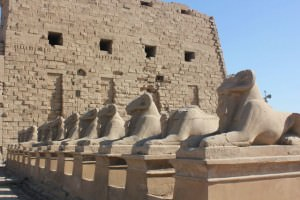 picture of temple of Karnak