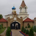 Backpacking in Moldova: Wine Tours and Monasteries, day trips from Chisanau