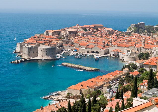 backpacking-in-Dubrovnik-Croatia.png