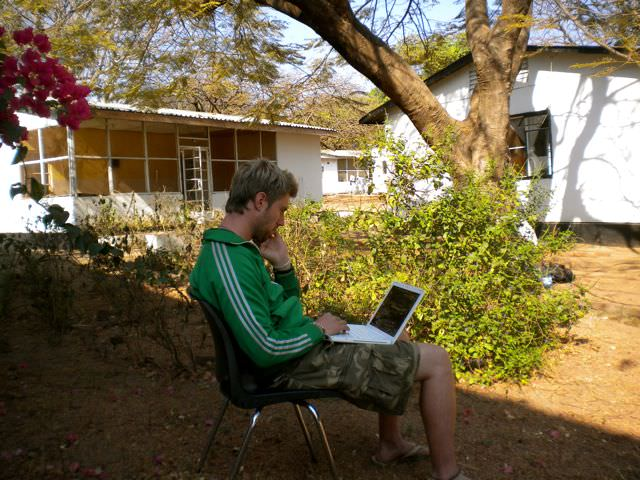 Blogging in Malawi, one month before my first advertising deal