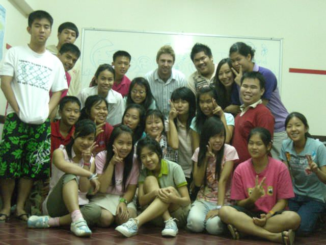 Why You Should Look For An English Teaching Job In Thailand And Not Outside The Country