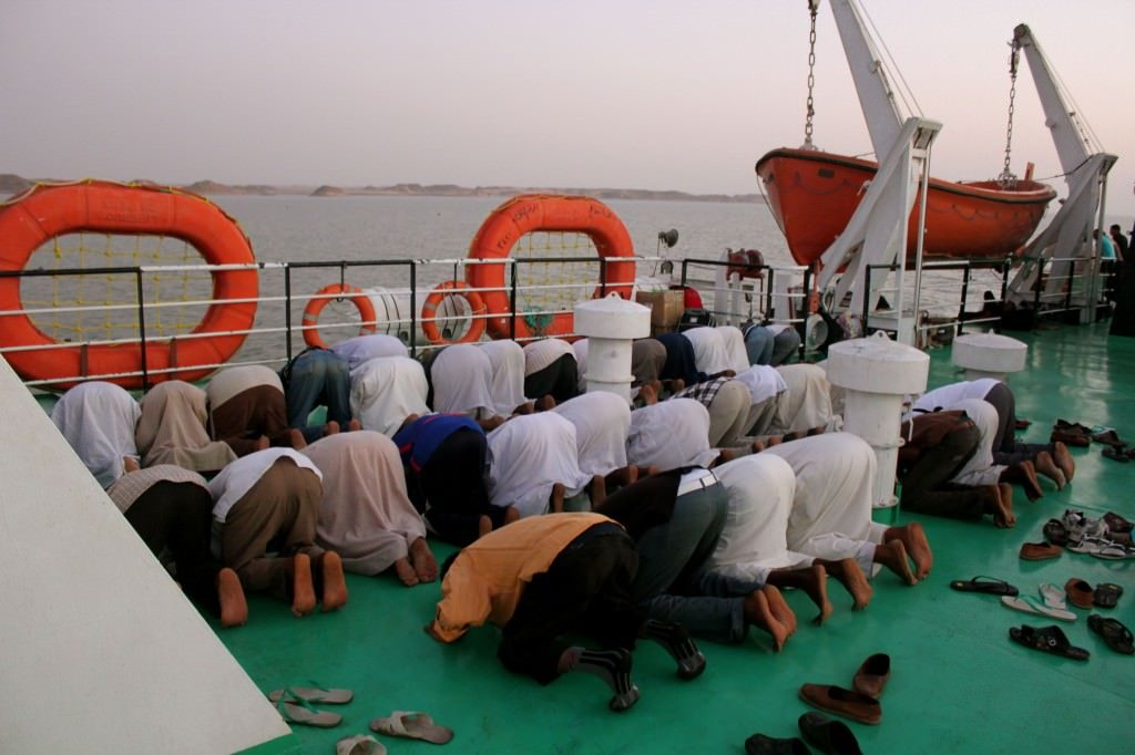 boat from sudan to egypt