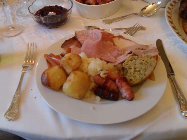 Traditional Irish Christmas Dinner.Christmas Dinner In Ireland One Step 4ward
