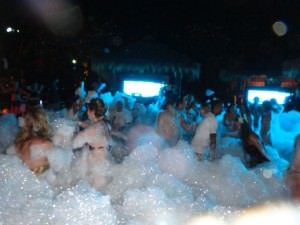 hard rock cafe pattaya foam party