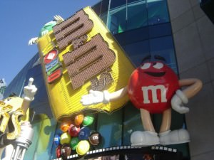 M&M world free show