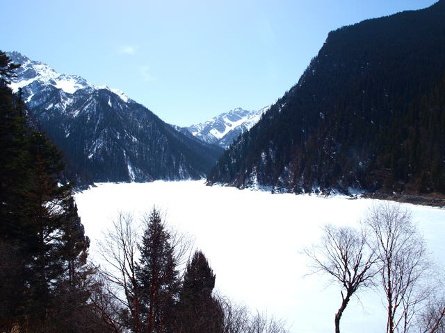 jiuzhaigou in winter