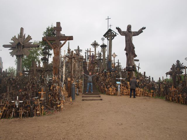 hill of crosses vilnius