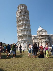 johnny ward holding-up-the-leaning-tower-of-pisa