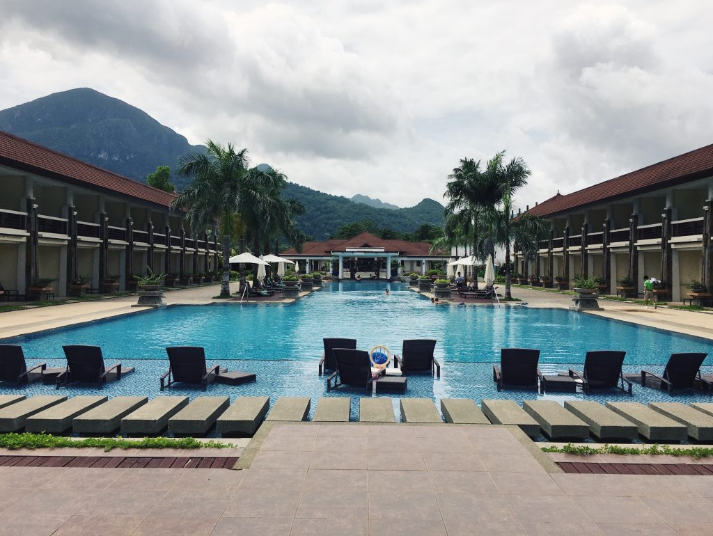 sheridan beach resort and spa sabang beach philippines