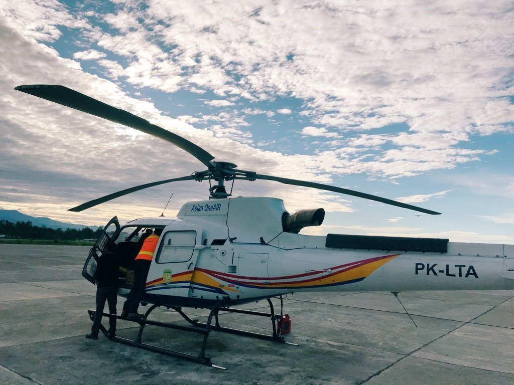 Helicopter to Puncak Jaya