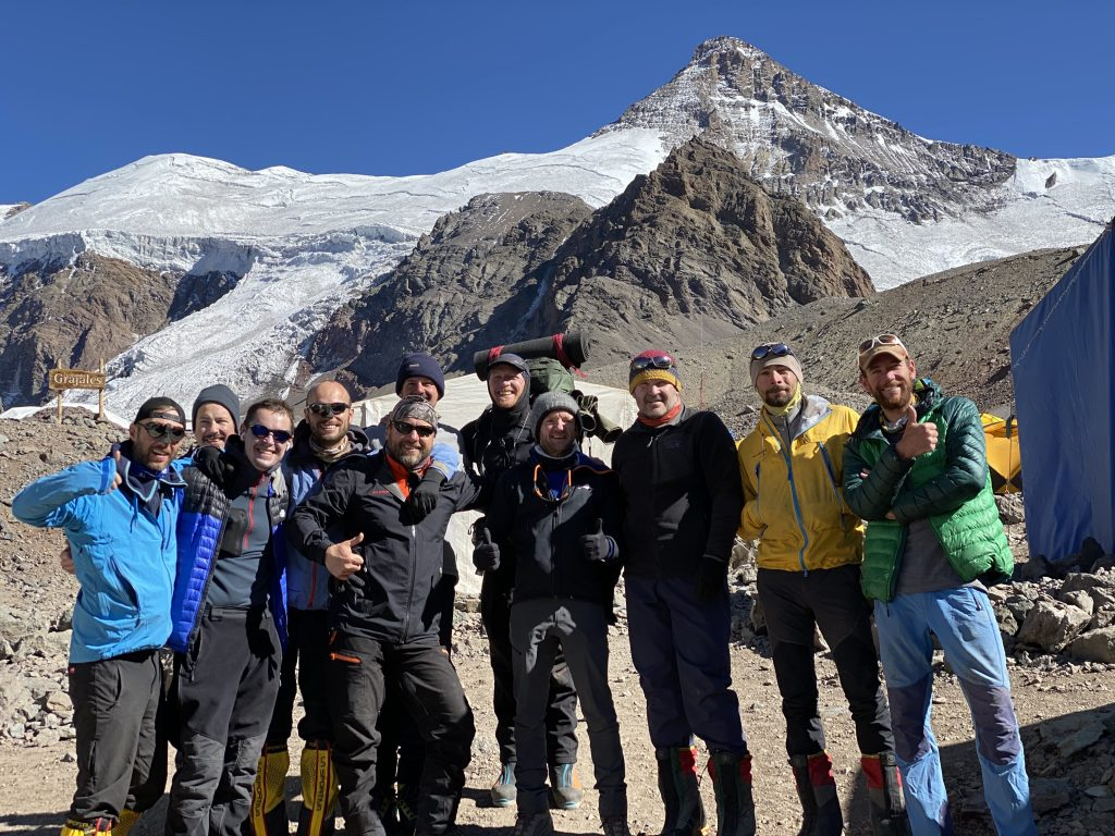 How long to trek aconcagua?